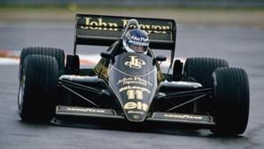 Morreu Johnny Dumfries, ex-piloto de Fórmula 1 e companheiro de equipa de Ayrton Senna