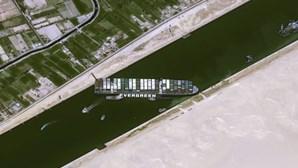 Decisão sobre indemnização do navio que bloqueou canal do Suez adiada para 20 de junho