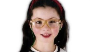 Menina de oito anos morre após sair do autocarro