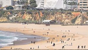 Quem não respeitar regras nas praias vai ser multado entre 50 a 100 euros