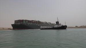 Egito inicia obras de ampliação do Canal do Suez após bloqueio pelo Ever Given