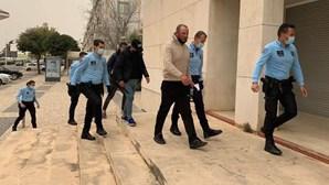 Seis migrantes condenados por vandalizarem centro de acolhimento temporário no Aeroporto do Porto