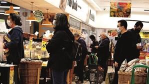 Portugueses gastam mais 1,1 mil milhões de euros em supermercados e híperes