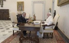 Presidente da República no Vaticano com o papa Francisco