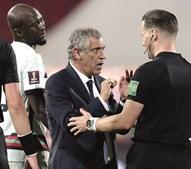 Fernando Santos pediu satisfações ao árbitro holandês Danny Makkelie