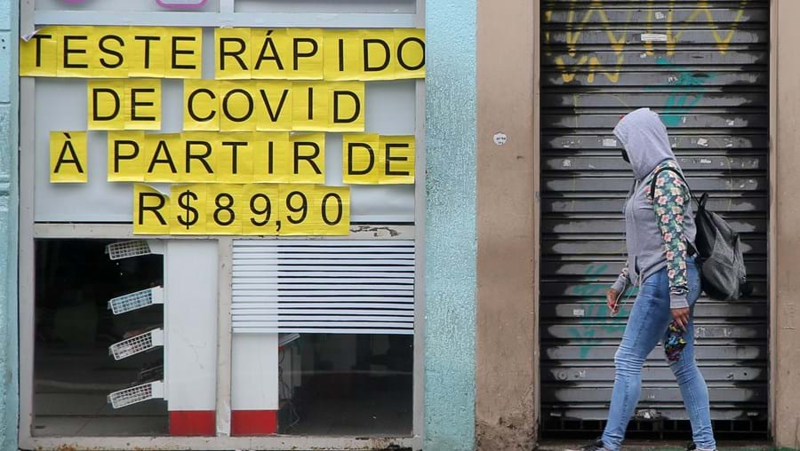 Lojas fechadas devido à pandemia da Covid-19 em S. Paulo, no Brasil