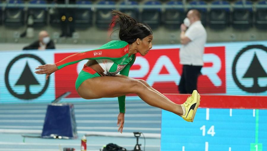 Patrícia Mamoma sagra-se campeã europeia de triplo salto em pista coberta