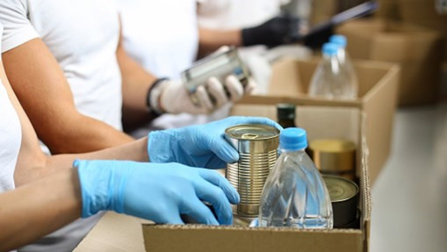 Doação de comida, comida, distribuição de alimentos