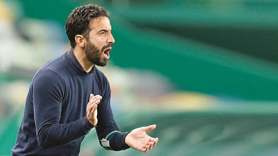 Rúben Amorim, argumenta o Sporting, respeitou os regulamentos