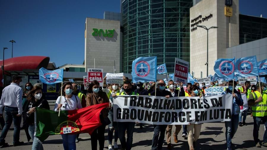 Trabalhadores realizaram vários protestos devido aos ordenados em atraso