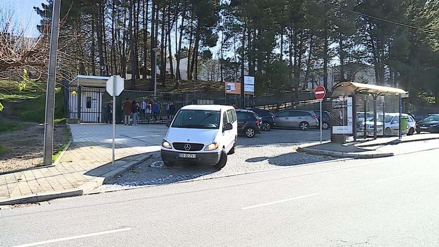 Crime aconteceu no interior da Escola Básica 2,3 de Santa Bárbara, em Fânzeres, Gondomar, no ano passado