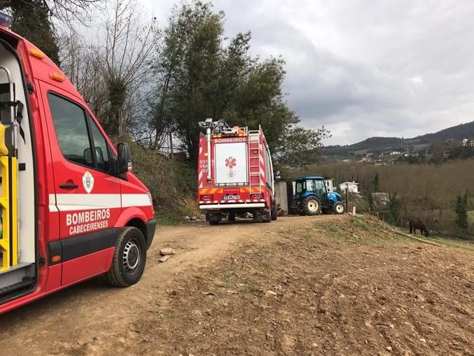Jovem gravemente ferido em acidente com trator em Cabeceiras de Basto