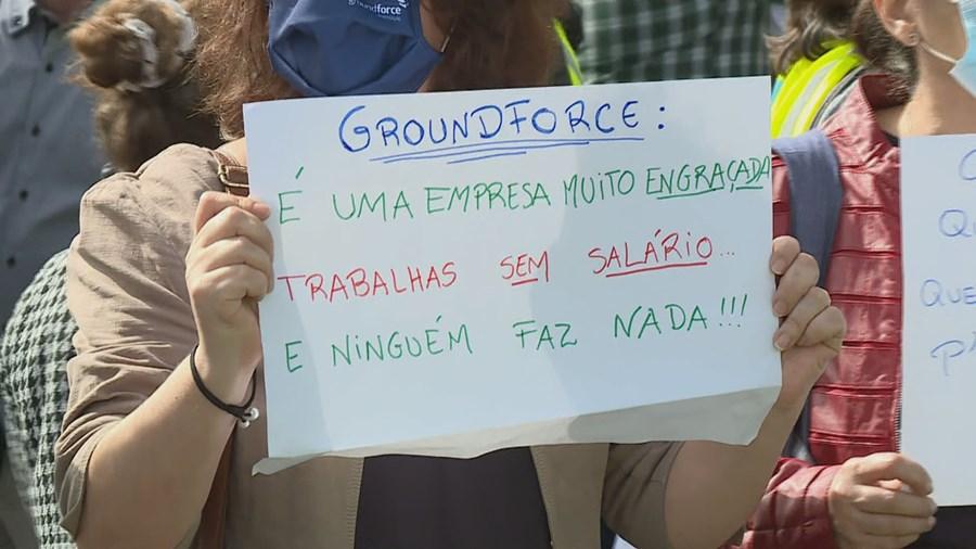 Trabalhadores da Groundforce em protesto no aeroporto de Lisboa