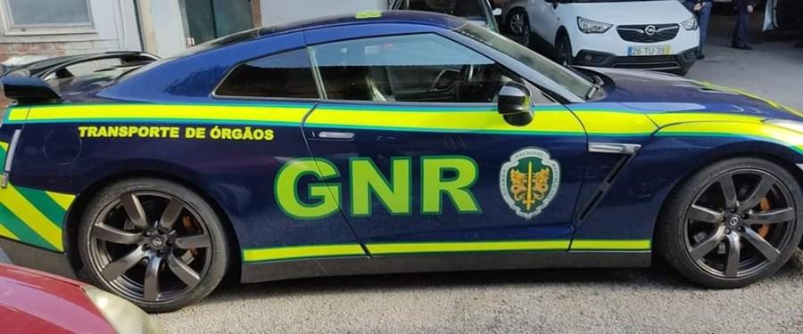 GNR coloca 'bombas' a transportar órgãos