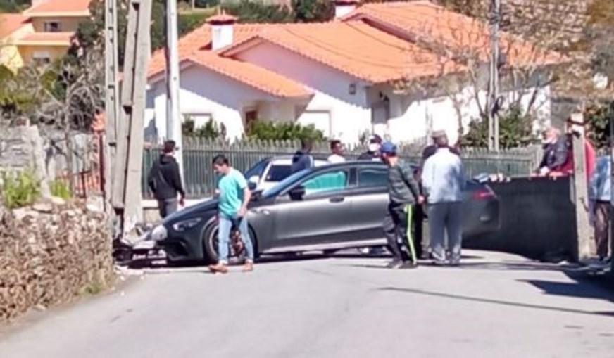 Jogador do FC Porto sofre acidente de carro ao sair de centro de treinos do Olival