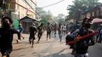Pelo menos 14 polícias mortos em ataque de guerrilhas no Myanmar
