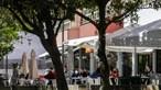 Normalidade regressa à rua das esplanadas no bairro lisboeta de Telheiras. Veja as imagens