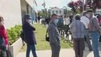 Dezenas de pessoas esperam mais de quatro horas para tomar vacina da Covid na Maia