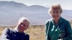 Rainha Isabel II recorda marido com foto inédita. Acompanhe as cerimónias fúnebres do príncipe Filipe