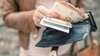 Funcionária de centro de saúde recebe milhares de euros após falsificar atestados