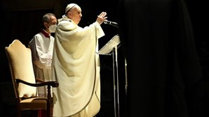 Papa apela ao fim da violência em Jerusalém
