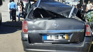 Dois feridos graves em colisão entre dois carros em Santa Maria da Feira
