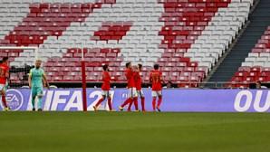 Benfica vence Marítimo por uma bola em jogo sofrido e segura terceiro lugar na I Liga