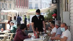 Restaurantes preocupados com clientes sem máscara nas esplanadas pedem regras claras