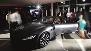 Falso polícia seduzia mulheres solteiras ou divorciadas para comprar carros de luxo