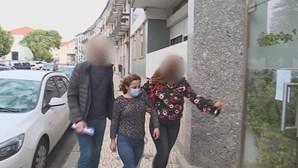 """""""Tentou tirar-me a faca e espetou-a no peito"""", disse Ana Costa sobre a morte do companheiro pela qual é acusada"""