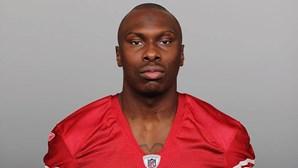 Ex-jogador de futebol americano da NFL mata cinco pessoas a tiro, incluindo duas crianças e depois suicida-se