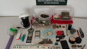 Trio detido com mais de 1400 doses de droga no Porto