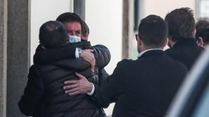 Quim Barreiros em lágrimas no adeus ao pai