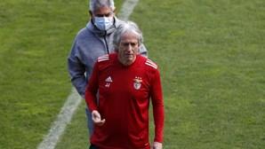 Nova época do Benfica preparada em sigilo