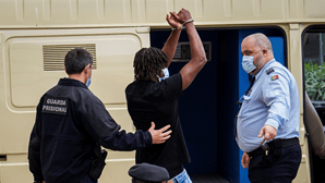 """""""Não queria apenas assustar"""": Juiz condena a 16 anos homicida de jovem à porta de discoteca em Loulé"""