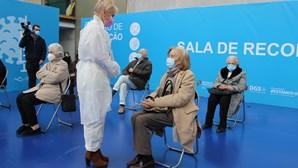 Mais de dois milhões de portugueses acima dos 60 anos vão receber a vacina da Astrazeneca