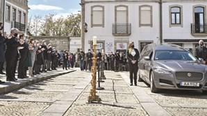 Mangualde saiu à rua para último adeus a Jorge Coelho