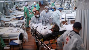 Brasil ultrapassa as 350 mil mortes por Covid-19