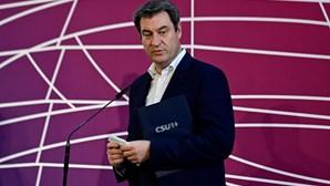 Líder da CSU apresenta candidatura a sucessão de Angela Merkel na Alemanha