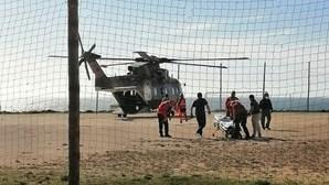 Jovem arrastado por onda sofre ferimentos graves em praia de Odemira