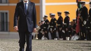 PS aperta Cavaco sobre buraco e lesados do BES