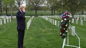 Joe Biden homenageia militares mortos no Afeganistão