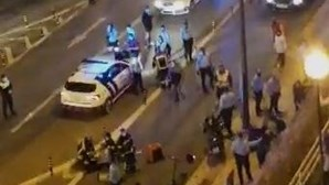 Estafeta de entrega de comida morre após colisão com carro em Lisboa