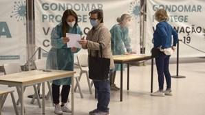 Recorde de vacinas Covid-19 dadas num dia em Portugal revisto: Este sábado foram mais de 129 mil