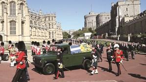 Rainha Isabel II escreve carta de despedida ao marido