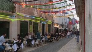 Cafés, bares e restaurantes de Lisboa com esplanadas cheias pedem cautela aos clientes