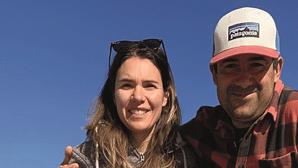 Garrafa com mensagem atirada ao mar há mais de 8 anos chega a praia de Peniche