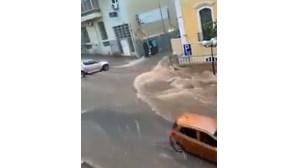 Chuva intensa causa estragos em Luanda