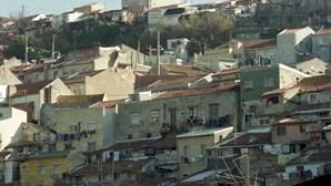 Ex-moradores do Casal Ventoso dizem que relações de vizinhança se perderam com realojamento