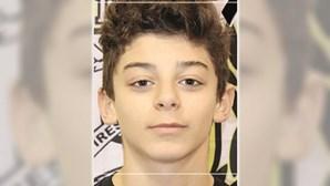 """""""Só queriam ver sangue e facadas"""": amigo de jovem de 15 anos assassinado em Cascais revela pormenores do crime"""